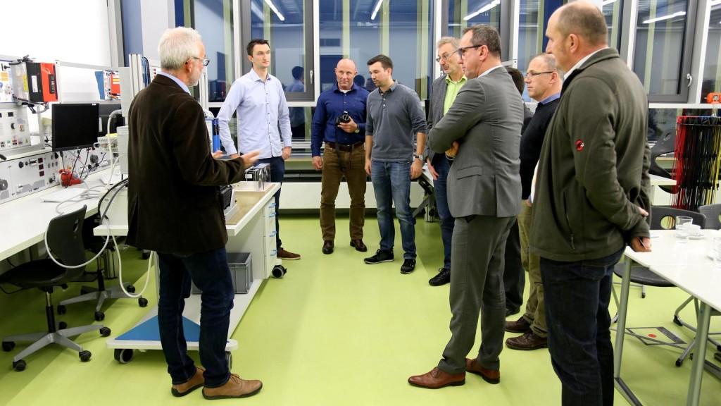 Heinrich-Hertz-Schule'de derslerde kullanılan STÖBER ürünleri toplantısı