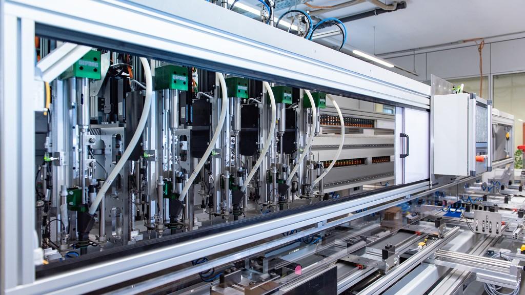STÖBER Aluminyum profil işleme hatları için sistem çözümler isunar